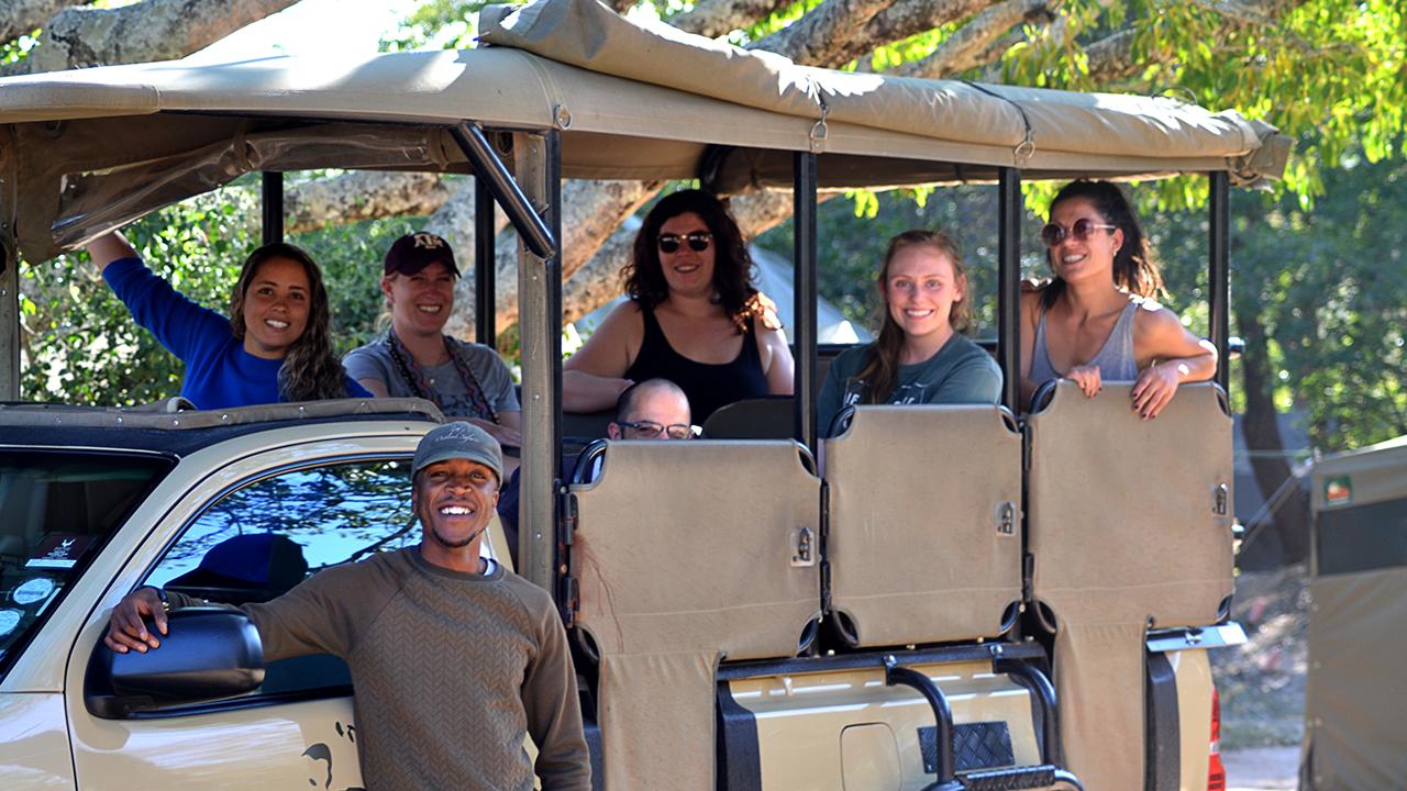 4--day-budget-kruger-safari-vehicle