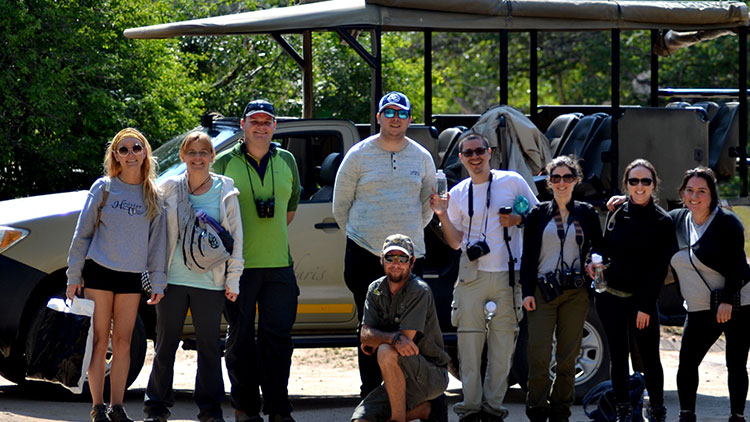 4-day-budget-kruger-safari-vehicles-happy-guests